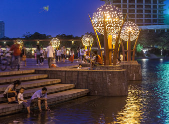 Nanhai Thousand Lantern Lake - Tom Fox-3604.jpg