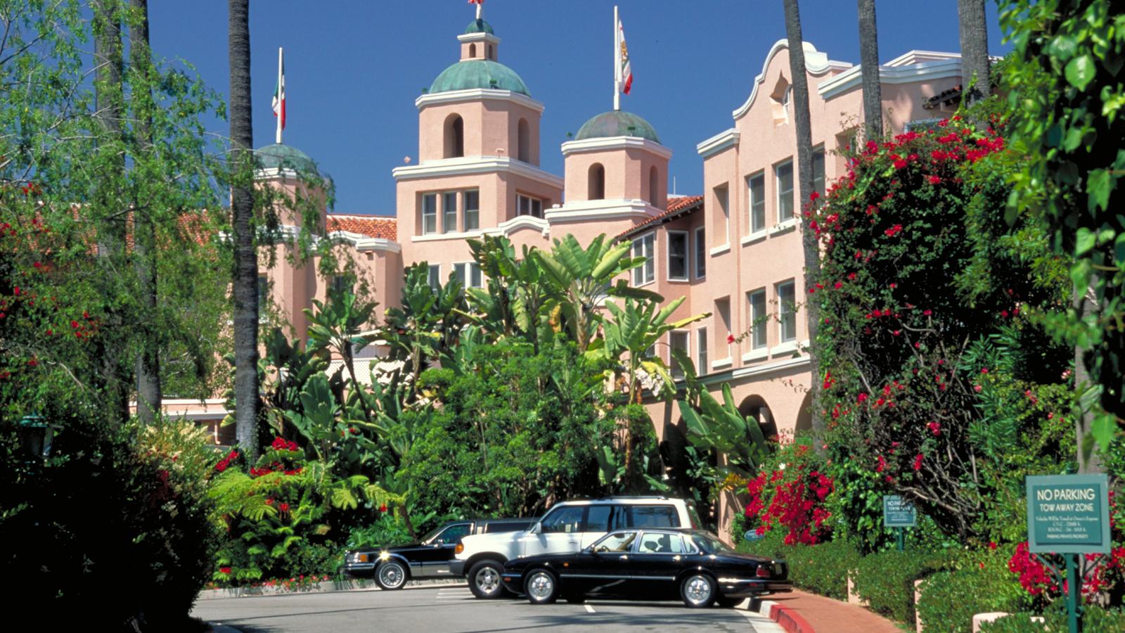Richman Hotel Gta  Location